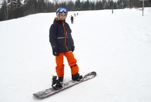 Sofia Nilsson ville bli bättre på snowboard och övade i Paradisbacken.