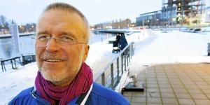 Fredrik Holmborg i Gävle har använt EMDR-behandlingen på ett femtiotal patienter, de flesta barn och unga, till exempel ensamkommande som flytt undan krig och fattigdom.
