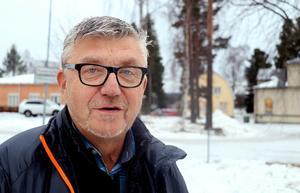 Åfa och Ånge Energis s styrelseordförande Stiven Wiklund (S) gläds åt det positiva resultatet för 2017, men ser samtidigt en hel del större kostnader vänta runt hörnet.