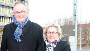 Moderaternas Per Wahlberg och Lena Asplund menar att regionpolitiken i Västernorrland alldeles för länge har handlat om strukturer, system och organisation.