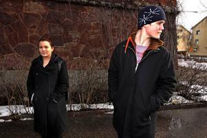 Klasskamraterna Heidi Åslund och Christoffer Tidsjö är överens om att man måste ta hänsyn till de att personer man skriver om i sin blogg kan ta illa upp.