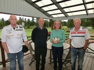 Per (fyra), Ulf (tvåa), Katarina (vinnare),              Lars-Börje (femma). Per-Erik (trea) saknas på bilden.