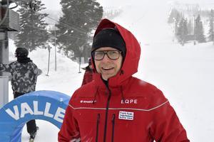 Fredrik Rydén i snöyran på Lindvallen där det nu är drygt en halvmeter natursnö