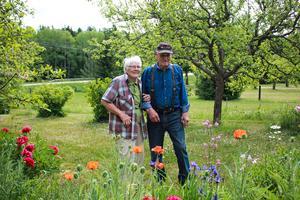 Maj Pettersson med maken Acke Pettersson som fyller 90 år den 16 juni.