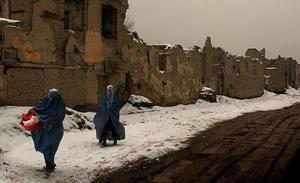 Kvinnor i Afghanistans huvudstad Kabul. Foto: Emilio Morenatti/AP