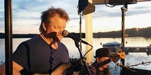 Mats Nilsson, basisten som började sin musikaliska yrkeskarriär i Pippis.