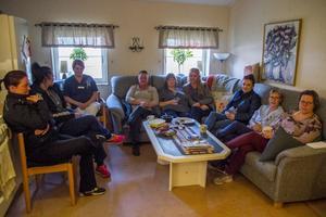 Stämningen var dyster i hemtjänstens lunchrum i Gnarp efter beskedet om nedläggning.