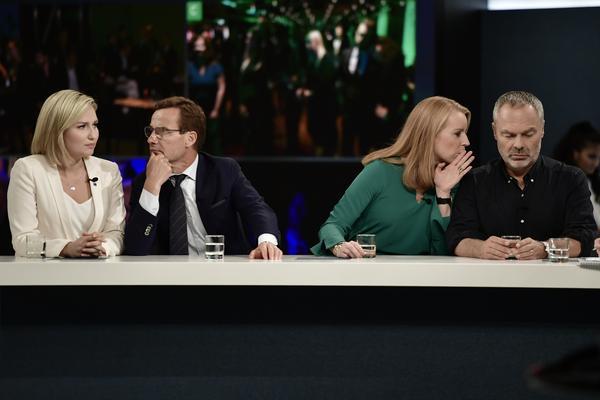 Spricker alliansen? Helt osannolikt är det inte, Annie Lööf och Jan Björklund har uppvaktats flitigt av Löfven genom formuleringar om vikten av blocköverskridande samarbete. Foto: Stina Stjernkvist / TT