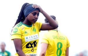 Freweyni Tewelde spelar med Ljusdals IF. På gymnasiet ska hon kombinera ekonomiprogrammet med fotbollsinriktning.