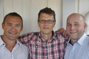 Jonas Öberg Trio, med Martin Eklöf, Jonas Öberg och Tobias Helén, spelar live på Dekarsögården.