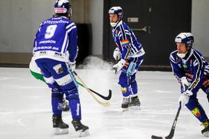 Villa Lidköpings lagkapten David Karlsson blev hjälte i den första kvartsfinalen mot VSK.