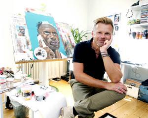 Konstnären Christian Beijer gick lottlös efter att ha designat flaskan till prisade vodkan Heavy Water.