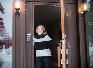 Det tidigare kommunalrådet Ann-Helen Persson bor i en av de nybyggda lägenheterna i församlingshemmet.