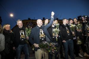 Guldhjältarna i Kings firas på valborgsmässoafton i Södertälje.