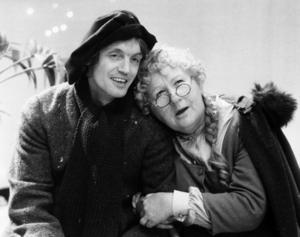Sif Ruud och Johannes Brost i julkalendern