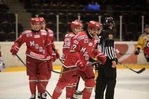 Magnus Häggström var tillbaka på isen.