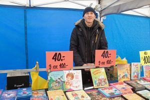 Oliver Berner från Lund sålde barnböcker och almanackor.
