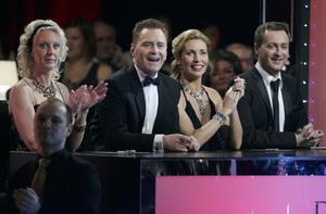 Att hålla handen på rumpan under tryckaren är ett big No No, tycker Dermot Clemenger, jurymedlem i Let's Dance.