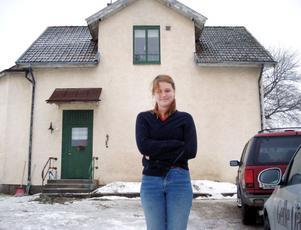 Hon köpte byskolan för bråkdelen avvad en lägenhet i Stockholm skulle kosta.