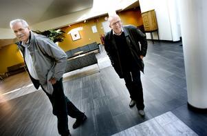 orbjörn Säfström och Lennart Styrman, spaningsledare i CH-brandsutredningen ända sedan 2005 ser slutet på den långa utredningen och var mycket glada och nöjda när de kom till torsdagens häktningsförhandlingar.