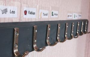 Symboler och persontecken möjliggör kommunikation utan talat språk.