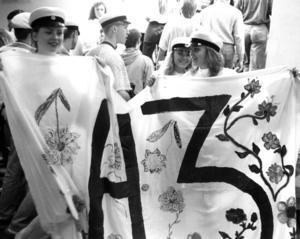 Humanisterna på Wargen gjorde en vacker banderoll 1991.