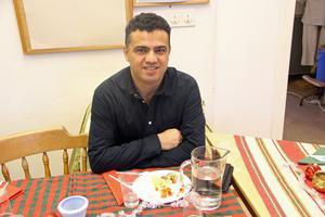 Sabir Rahmanpour är från Kurdistan. Det är hans första julfirande i Långshyttan.