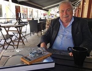 Leif Tapper från Leksand har bestämt sig för att sälja sin bilmodellsamling med drygt 5 000 objekt.