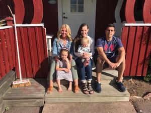Helena Hermansson, Matilda Tihane Birath, Foad Rad samt barnen Lova och Vilda arrangerar Lilla Bergslagsbyloppet.