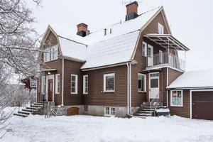 Denna elvarumsvilla i Orsa kommun fick 4 570 klick på Hemnet under förra veckan, vilket gav en niondeplats på Dalarnas Klicktoppen. Foto: Andreas Timfält.