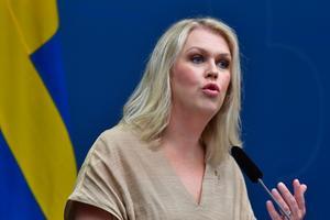 Socialminister Lena Hallengren (S) håller pressträff om coronatester. Bild: Jonas Ekströmer/TT