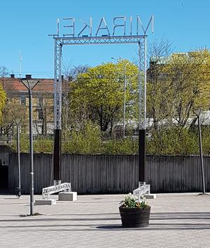 Förra årets köpte Örebro kommun i verket MIRAKEL son varit en del av Open Art det året.