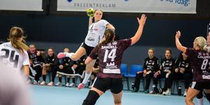 Tilda Ekvall är en av spelarna som lämnat Strand inför den här säsongen – hon håller nu till i VästeråsIrsta.