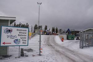 Från april ska Östersundarna kunna kasta sitt skräp i Odenskog fram till klockan 20.00 på vardagar – utom fredag.