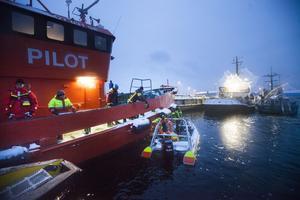 När övningen avslutats träffas alla deltager för en gemensam genomgång i Iggesund.
