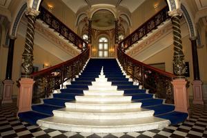 Knausts trappa, enligt vissa en av världens mest kända och fortfarande ett stort besöksmål i Sundsvall. Dagligen kommer människor in till Ulrica Widmark och resten av personalen på Elite Hotel Knaust och fotograferar den.