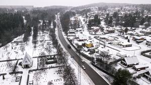 Genom att göra om Hulivägen till en stadsgata skulle ett stort område göras möjligt för en ny stadsdel, skriver Lars i Granloholm.