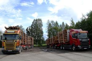 Göranssons Åkeri har för närvarande en 74-tonsbil, här till vänster i bild.