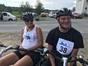 Anna Holmlund Cyklade Sig In I Allas Hjärtan Runt Norafjärden Hon