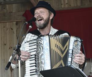 Bengan Jansson spelade, sjöng och berättade historier.