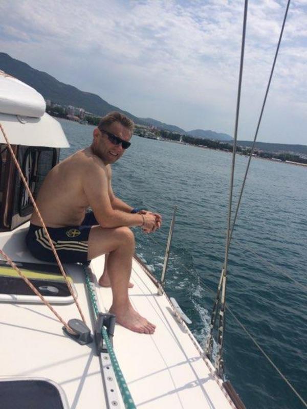 Tidigare i veckan hade landslaget en ledig dag. Johan Allgulander med flera tog en båttur på havet.