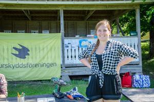 Johanna Engvall från Nora sommarjobbar på Naturskolan.