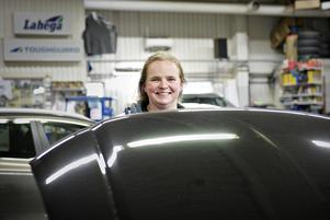 Marlene Grönlund handtvättar alltid sina bilar - en yrkesskada, säger hon.