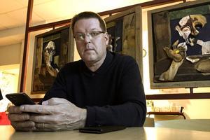 """Leif Pettersson (S) kan tänka sig bio i nuvarande konsthallen – men även i framtiden ska det finnas en """"konsthallsyta"""" i stan, tycker han."""