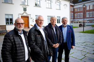Bosse Ljung (KD), Sven-Olov Lindahl (L), Ulf Bardh (C) och Anders Gustafsson (M) representerar de fyra partierna inom Alliansen, som kommer att styra Eksjö kommun de kommande fyra åren.