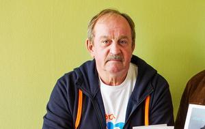 Torsten Hellström (M) och Jonny Mill (LB) är två Vallians-politiker som regelbundet kommunicerar med
