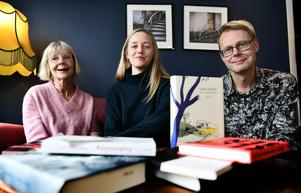 Emilia Söelund, Björn Kohlström och Ulla Strängberg sammanfattar litteraturåret 2019 i nya avsnittet av Smålands litteraturpodd.