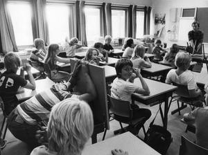 En titt in i ett klassrum år 1979.  FOTO: Kent Östlund / TT /