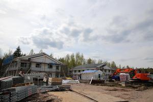 Kommunala bostadsföretaget Morastrand bygger två flerfamiljshus i Canada med 16 lägenheter i varje huskropp.