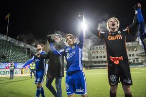 En Öviksbo är imponerad av GIF Sundsvalls säsong. Bild: Erik Mårtensson/TT